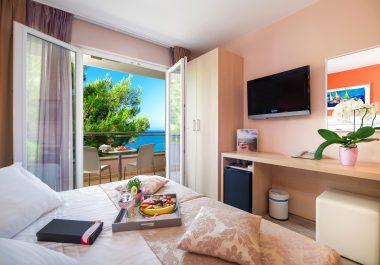 Hotel-Maritimo-Soba-2-1-of-14-380x265