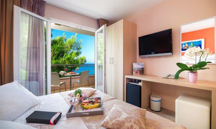 Hotel-Maritimo-Soba-2-1-of-14-720x430