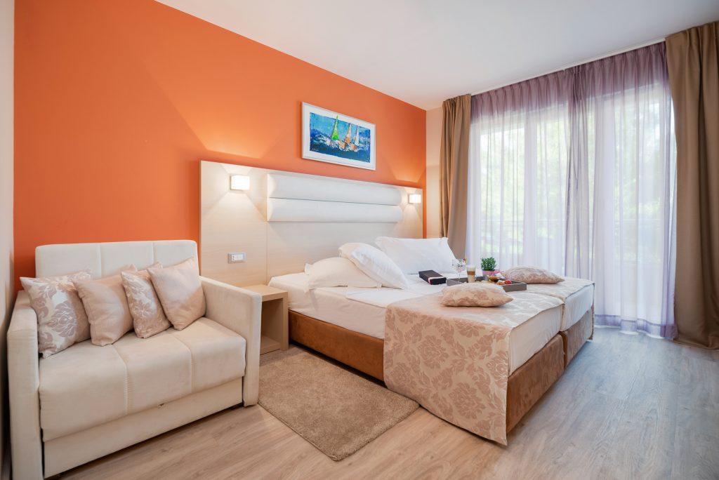 Hotel-Maritimo-Soba-2-3-of-14-1024x684