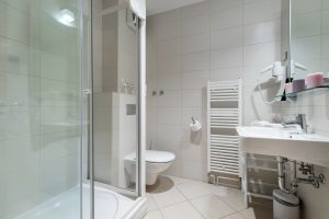 Hotel-Maritimo-Soba-2-9-of-14-300x200