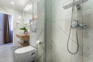 Hotel-Maritimo-Soba-5-12-of-21-300x200