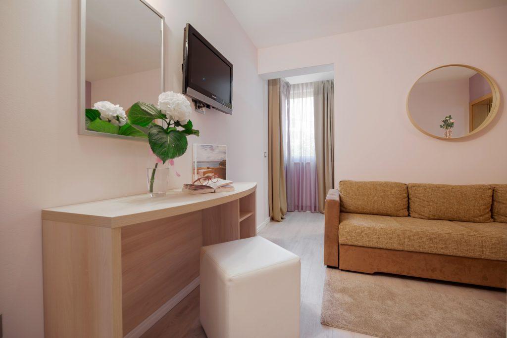 Hotel-Maritimo-Soba-5-9-of-21-1024x684