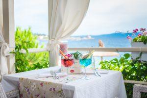 Hotel-Maritimo-restoran-101-of-162-300x200