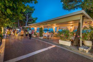 Hotel-Maritimo-restoran-150-of-162-300x200