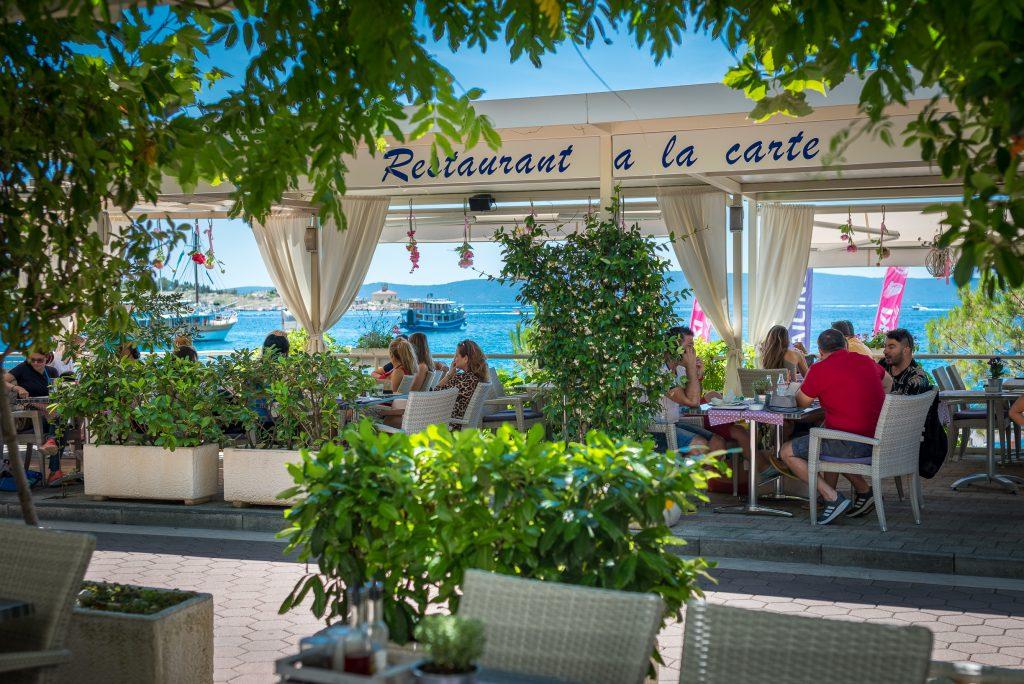 Hotel-Maritimo-restoran-2-of-162-1024x684
