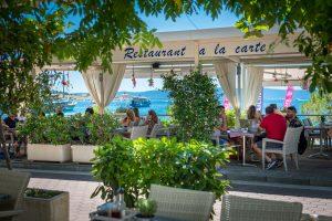 Hotel-Maritimo-restoran-2-of-162-300x200