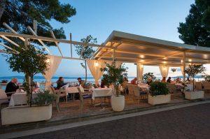 restoran11-300x199