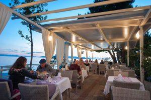 restoran12-300x199