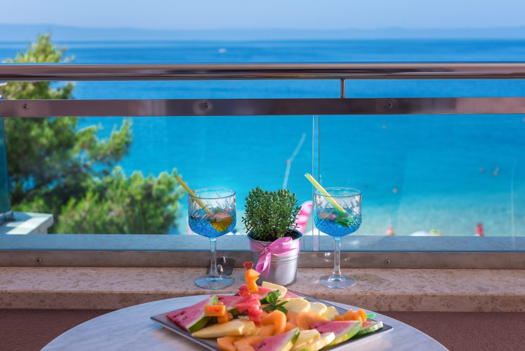 Hotel-Maritimo-Soba-3-21-of-23-1024x684